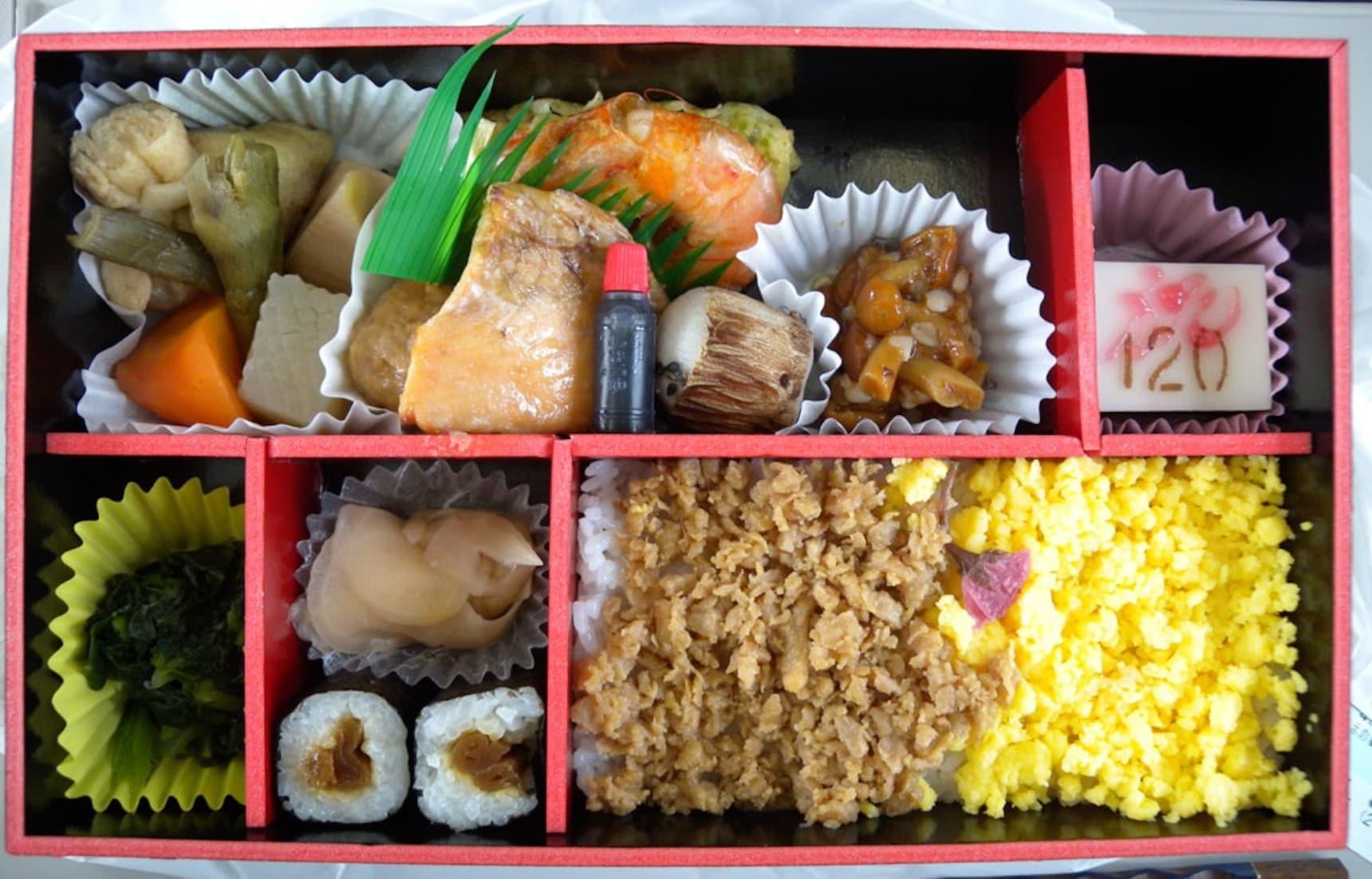 7 ข้าวกล่องน่ากินของสถานีรถไฟจังหวัดต่างๆ