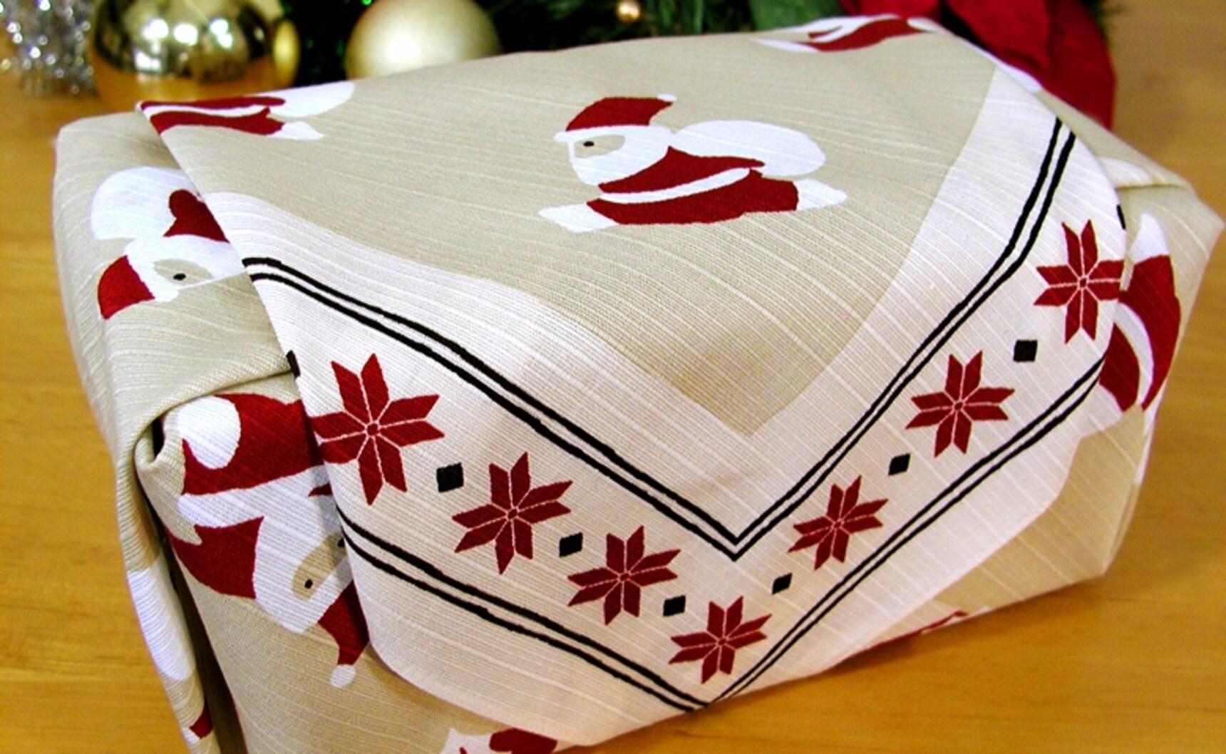 6 ซานตาคลอสกับของใช้ดั้งเดิมของญี่ปุ่น