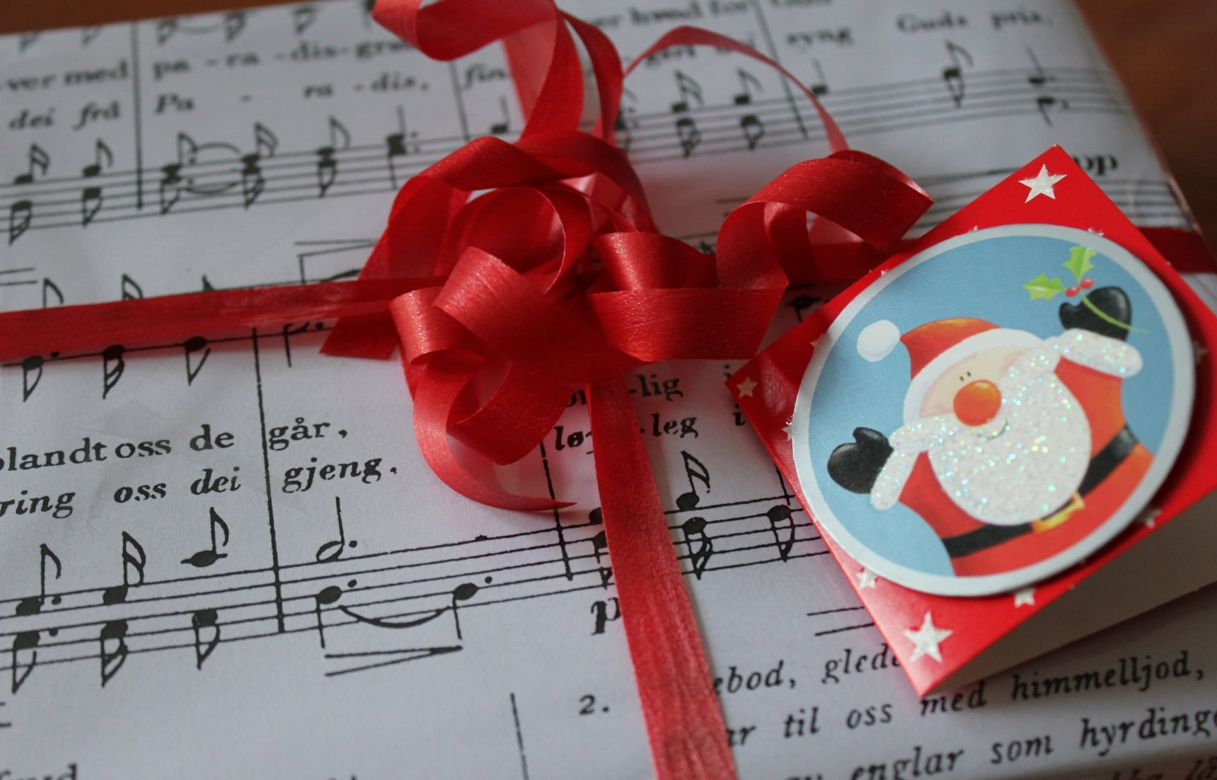 10 Ways to Have a Merry J-Music Christmas