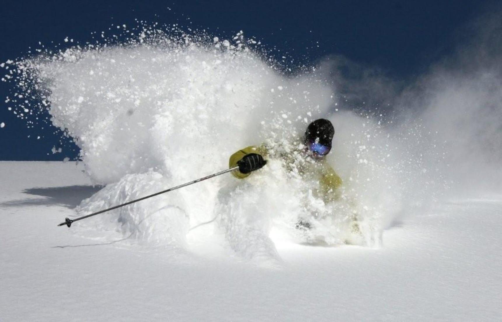 Hokkaido Ski & Snowboard Guide