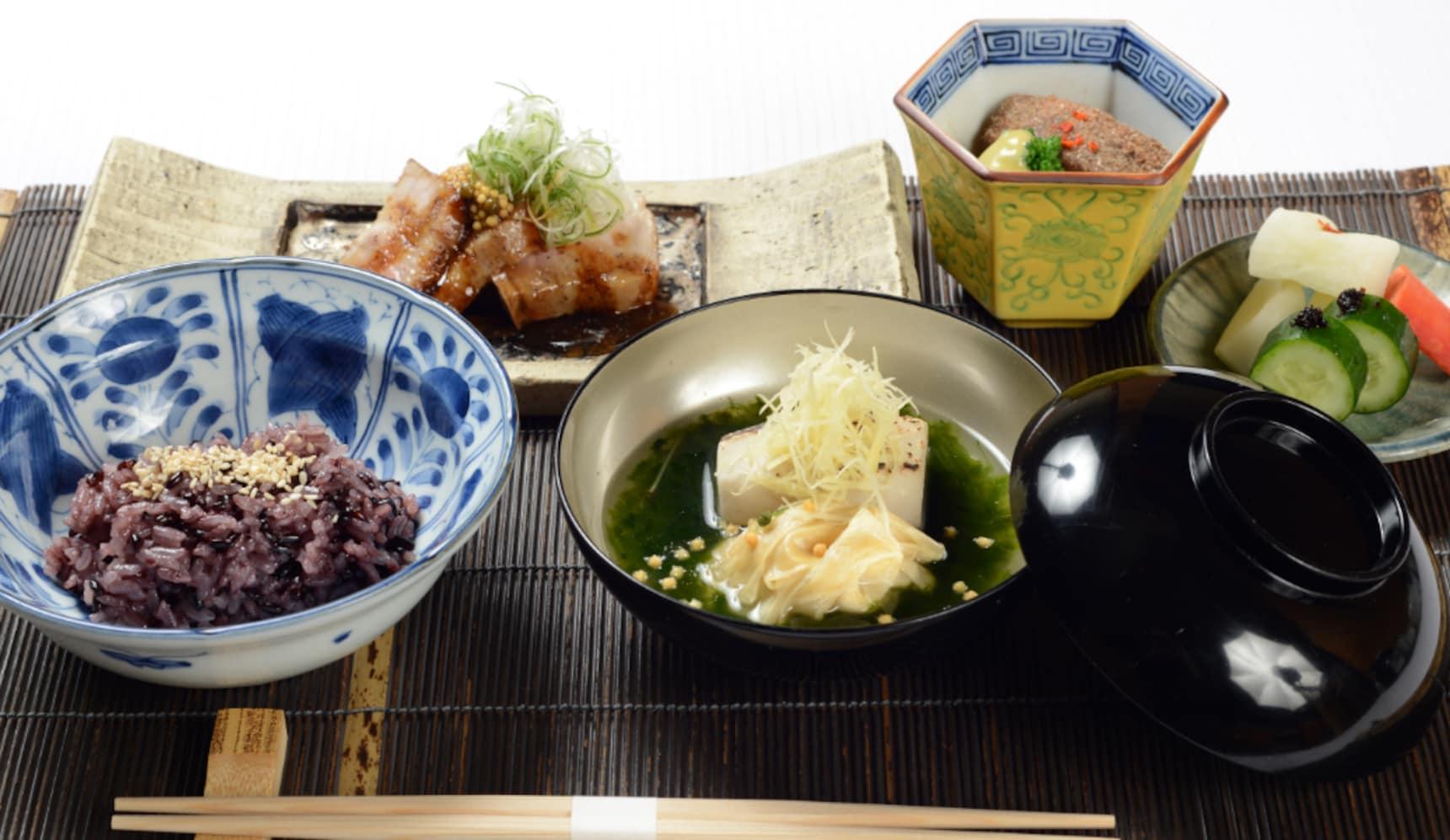 Michelin-Level 'Ichiju-Sansai' Pork Recipe