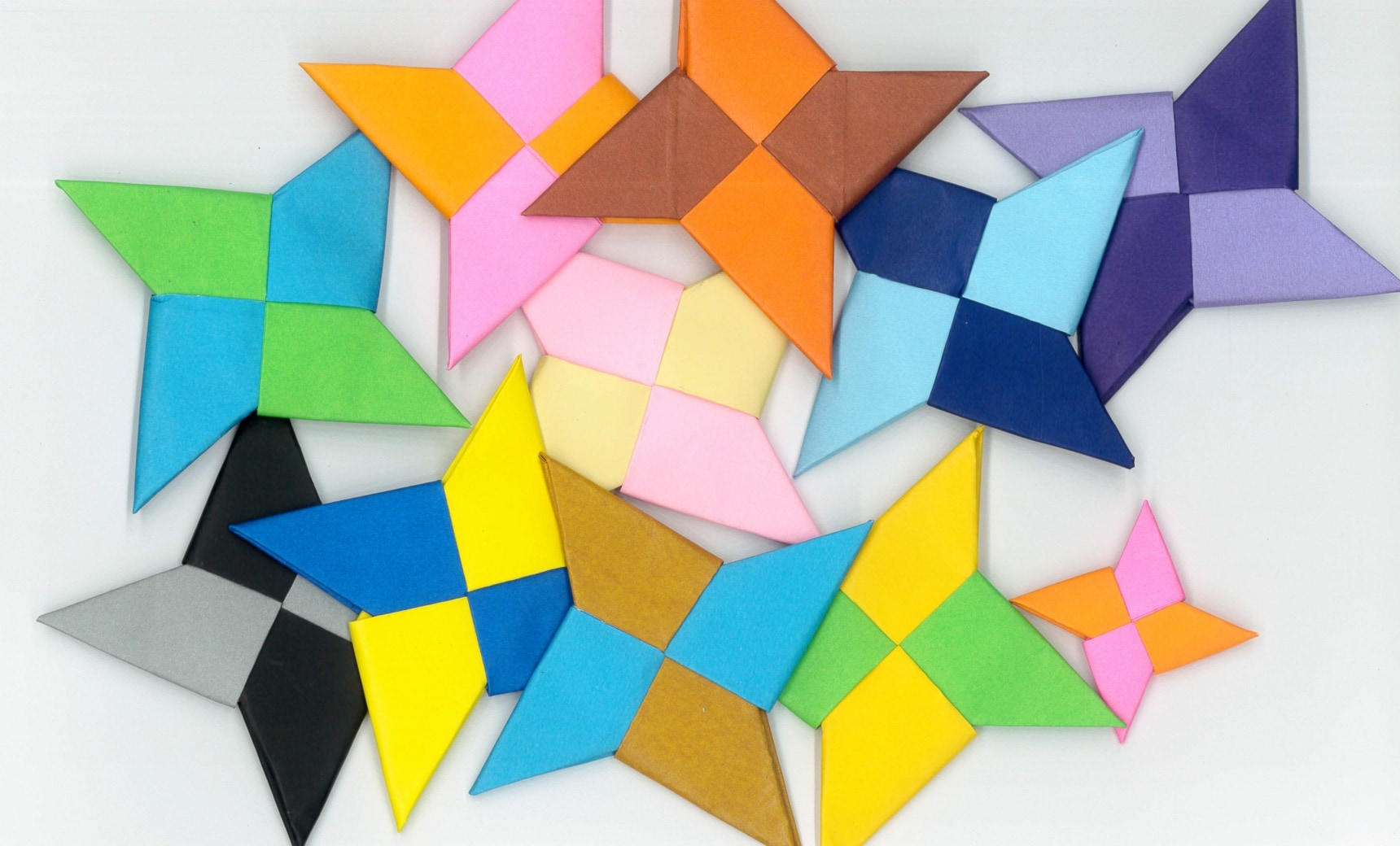 มา D.I.Y. ชูริเคน 6 แบบด้วย Origami กัน