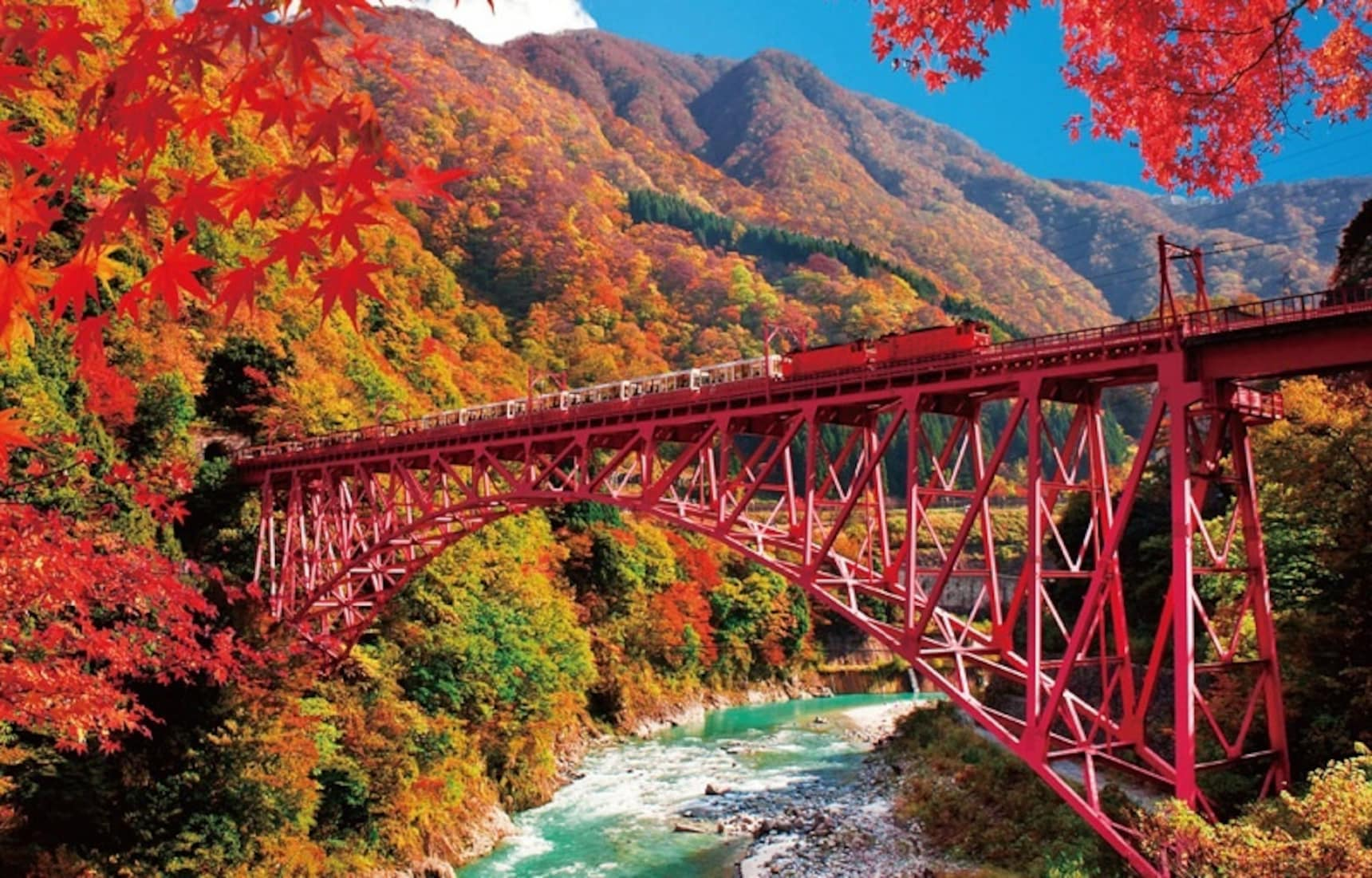 10 Amazing Photos of Japanese Trains
