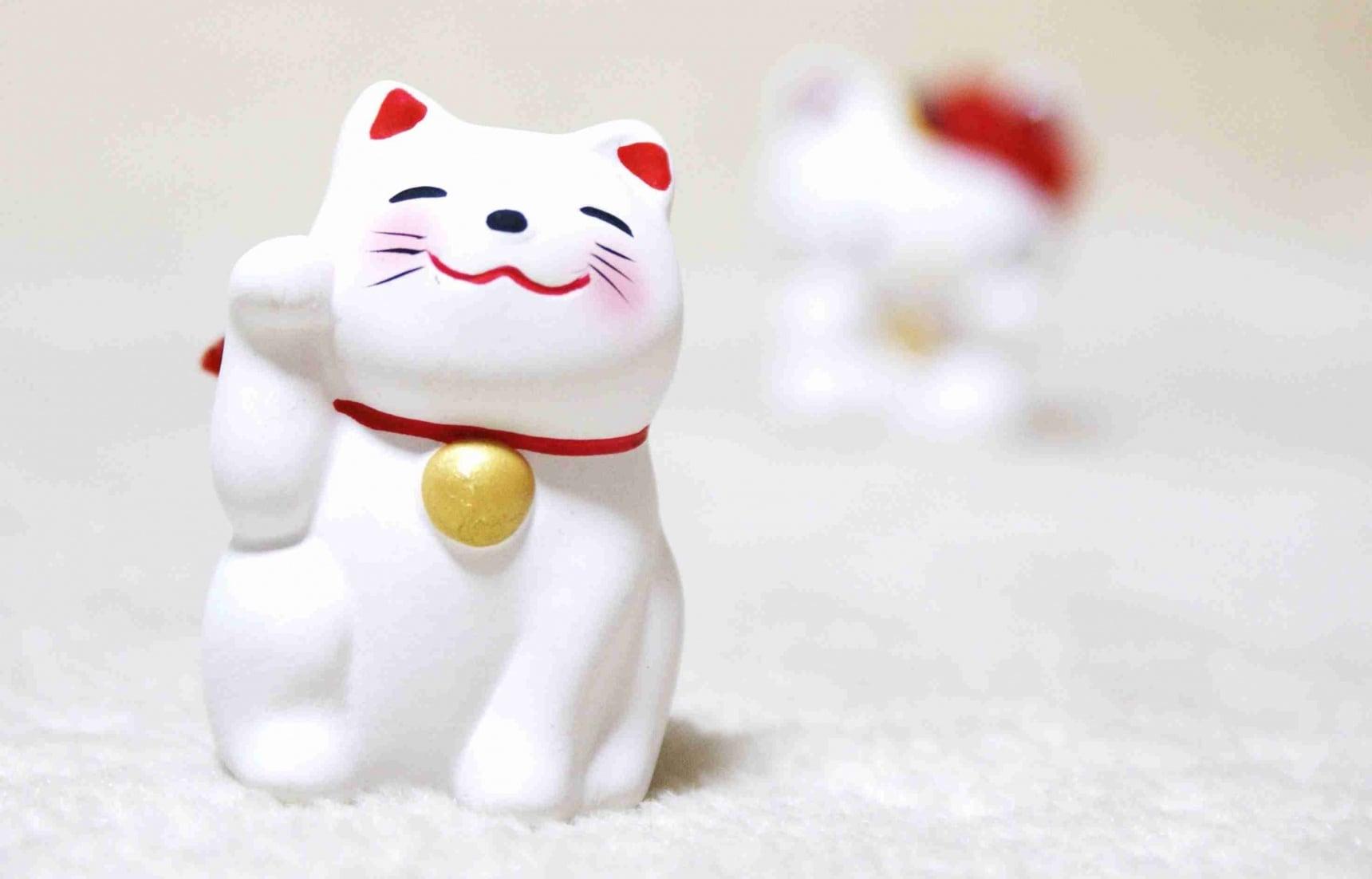 10 แมวกวักรุ่นใหม่ ที่น่าควักเงินให้