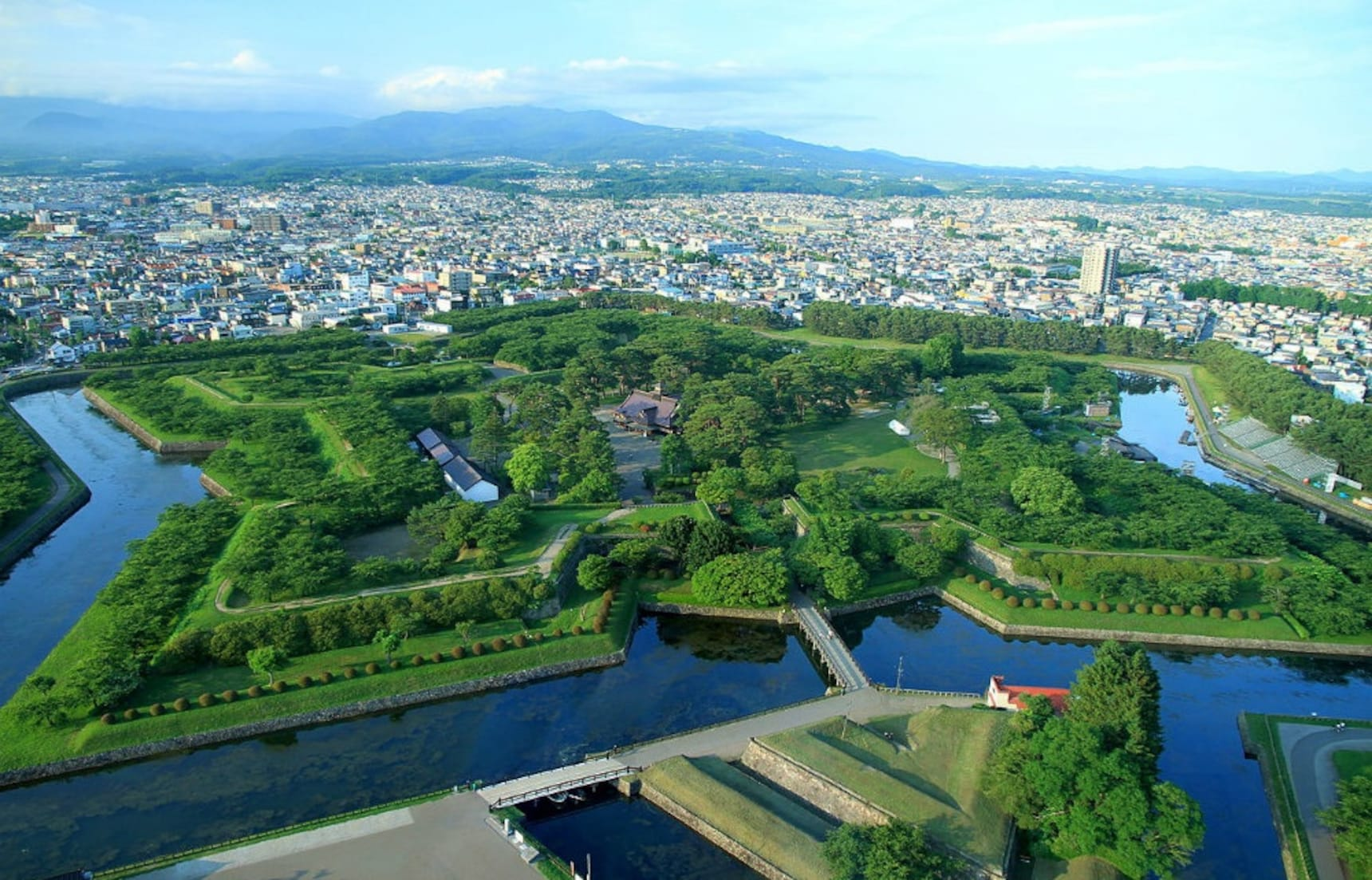 Hakodate: Gateway to the Northern Island
