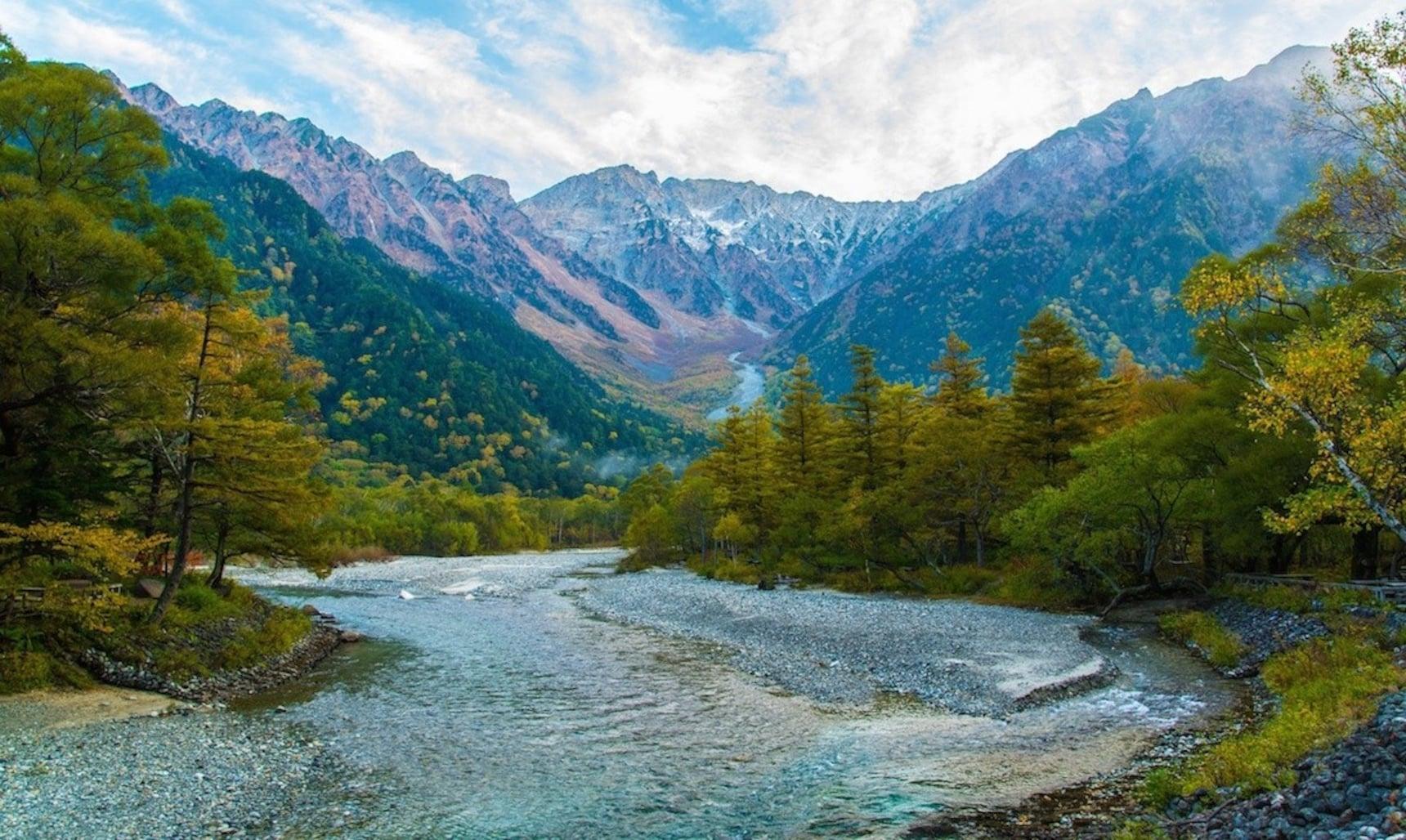 5 Unbelievable Hiking Spots in the Japan Alps
