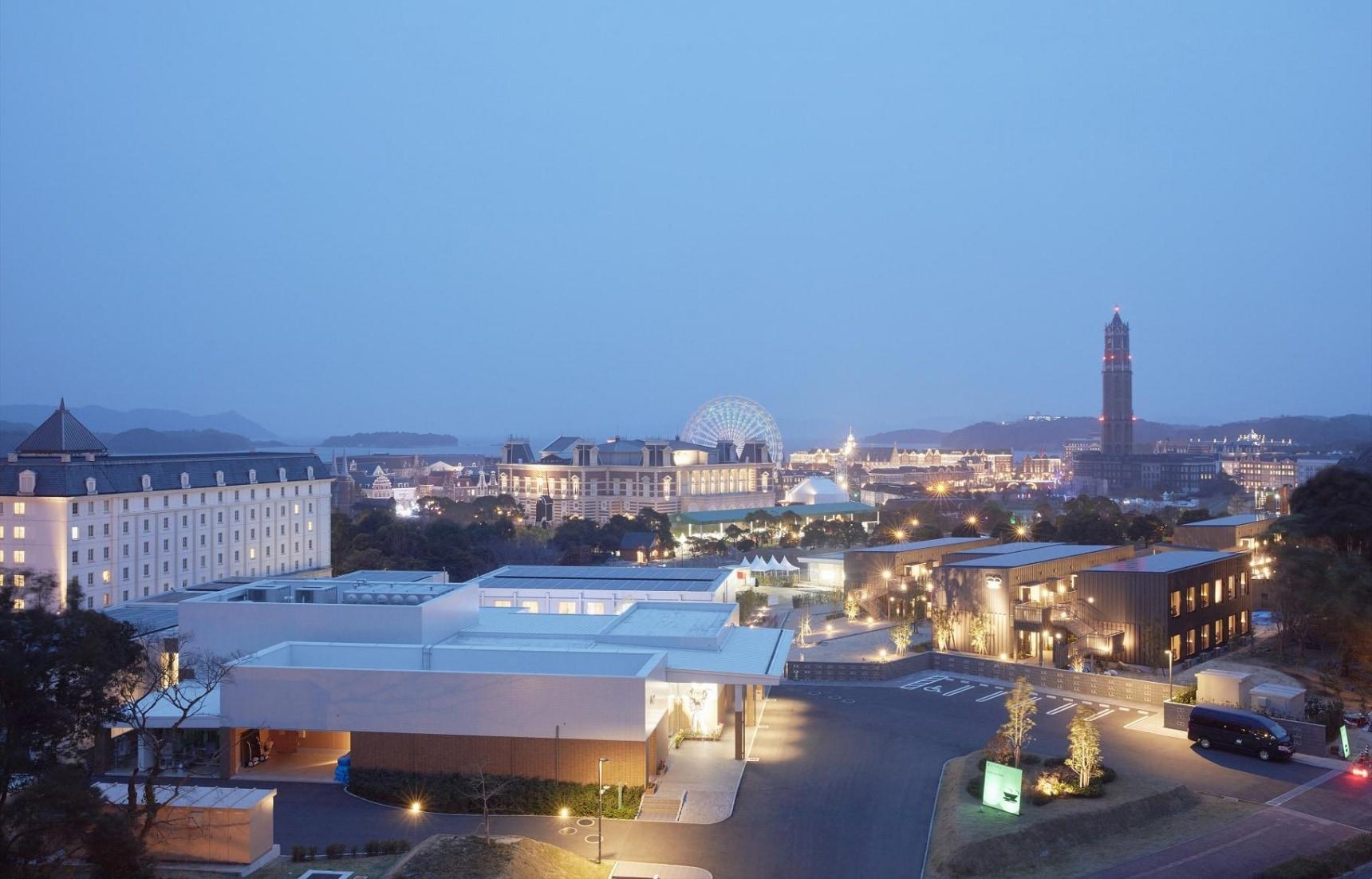 全球首家機器人旅館,還有恐龍侍者咯!來自九州長崎的怪奇酒店