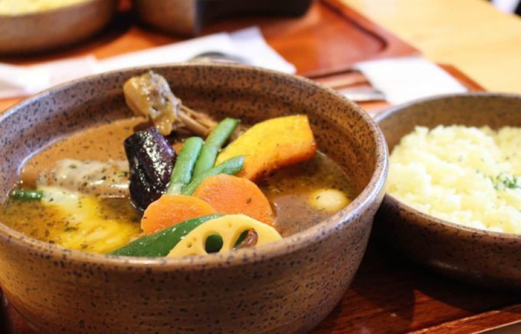 15 Hot Soup Curry & Ramen Shops in Sapporo