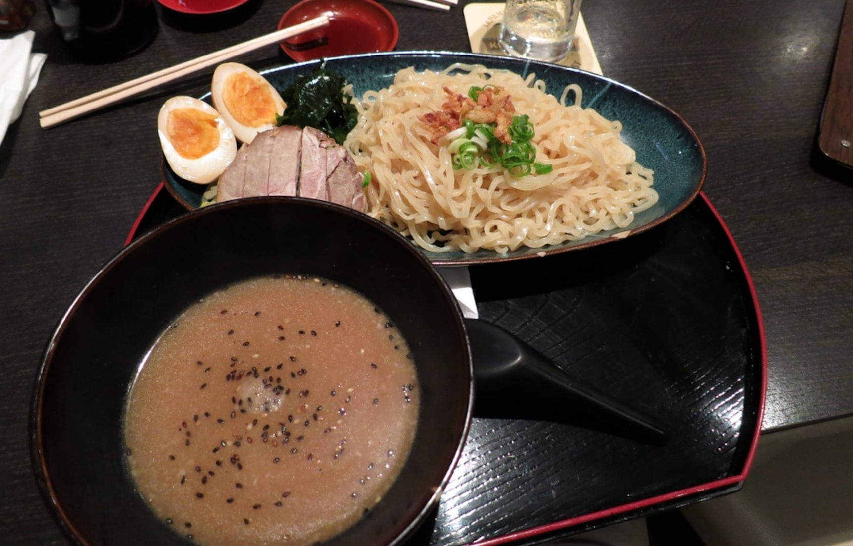 10 Must-Try Foods in Hiroshima!