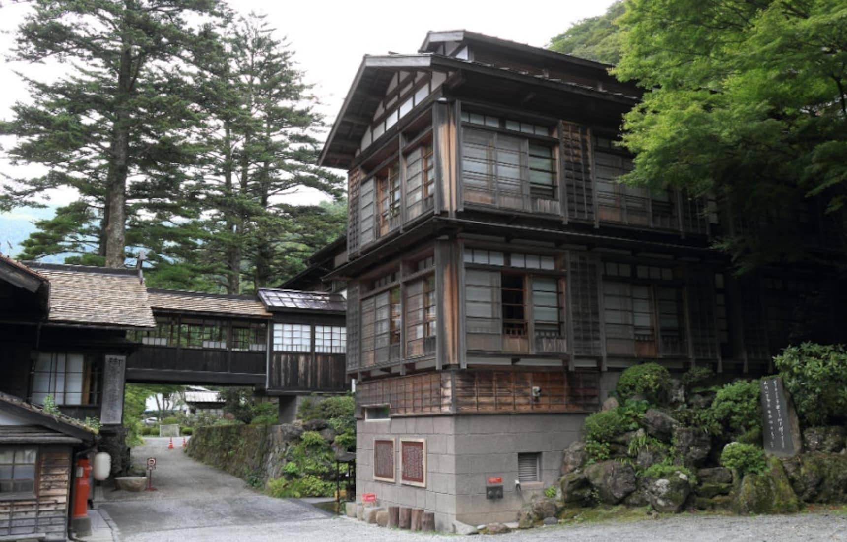 The Three Oldest Hotels in the World