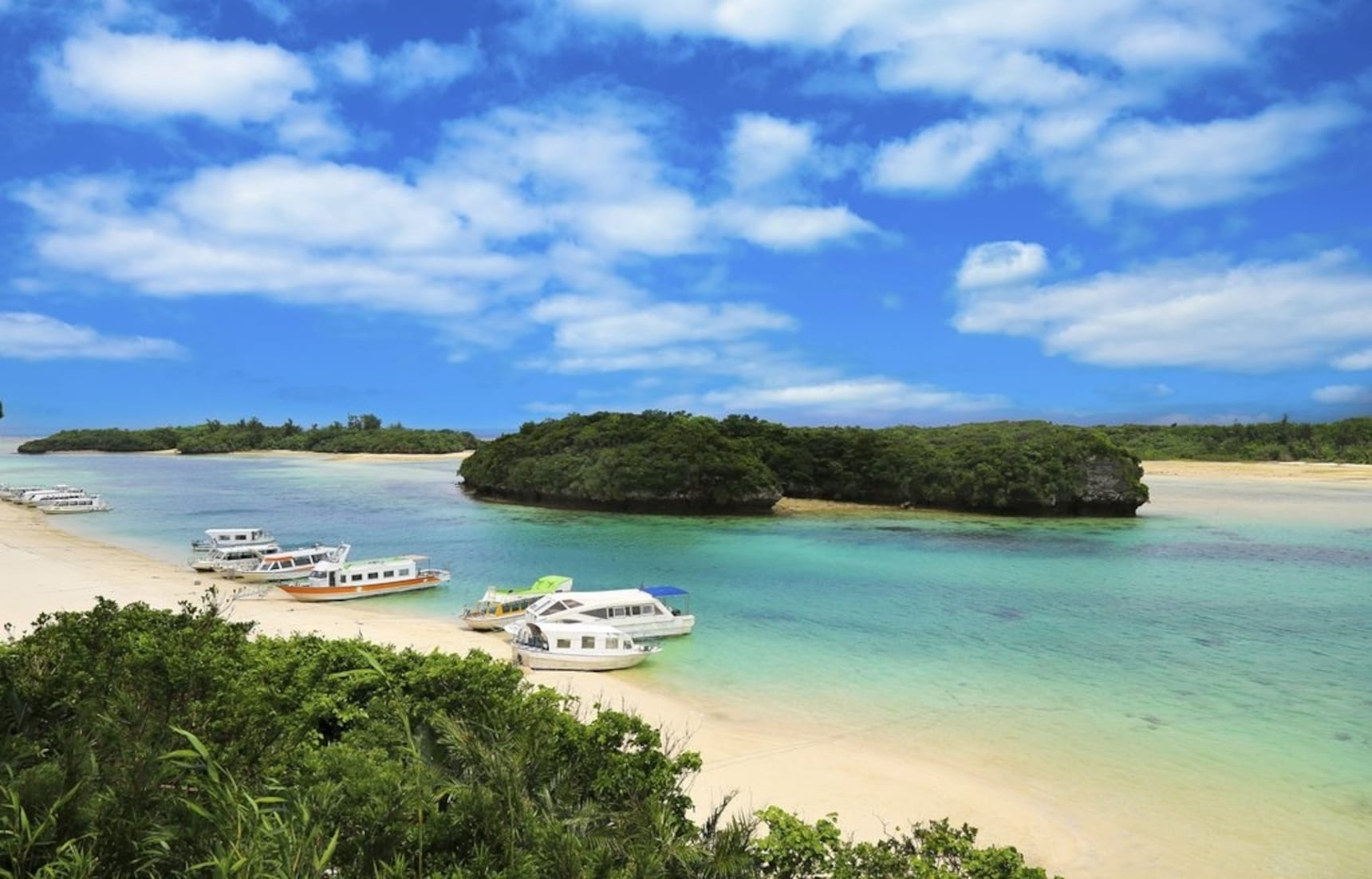 Top 10 Islands Around Okinawa for Beach Lovers