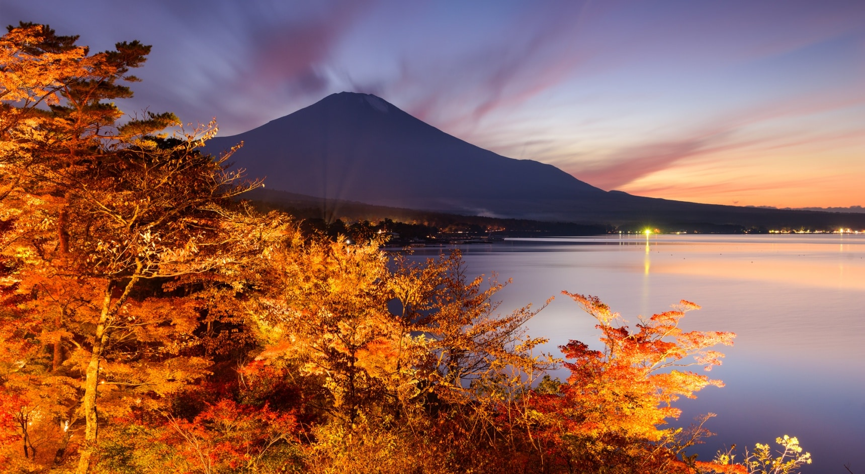 5 Awesome Autumn Leaves Tours around Japan