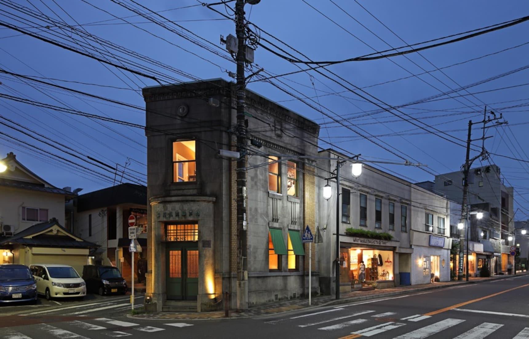 懷舊情懷滿溢的酒吧「The Bank」讓鎌倉的夜晚好迷人