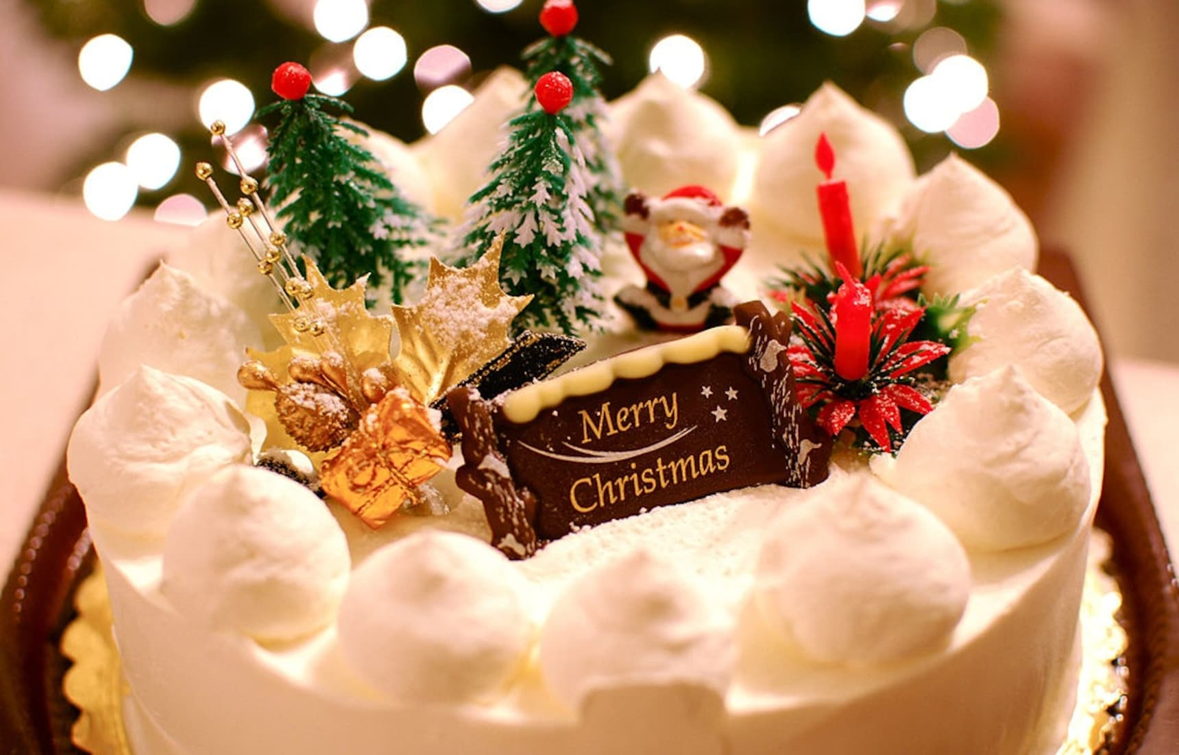 Japanese Christmas Food Traditions Explained