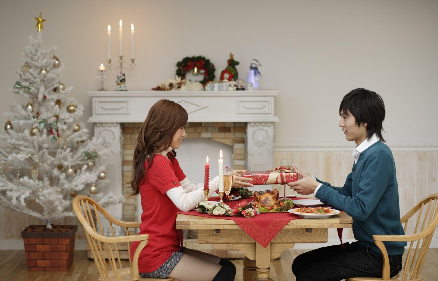 6 ของขวัญคริสต์มาสคู่รักญี่ปุ่นยอดฮิตปี 2016
