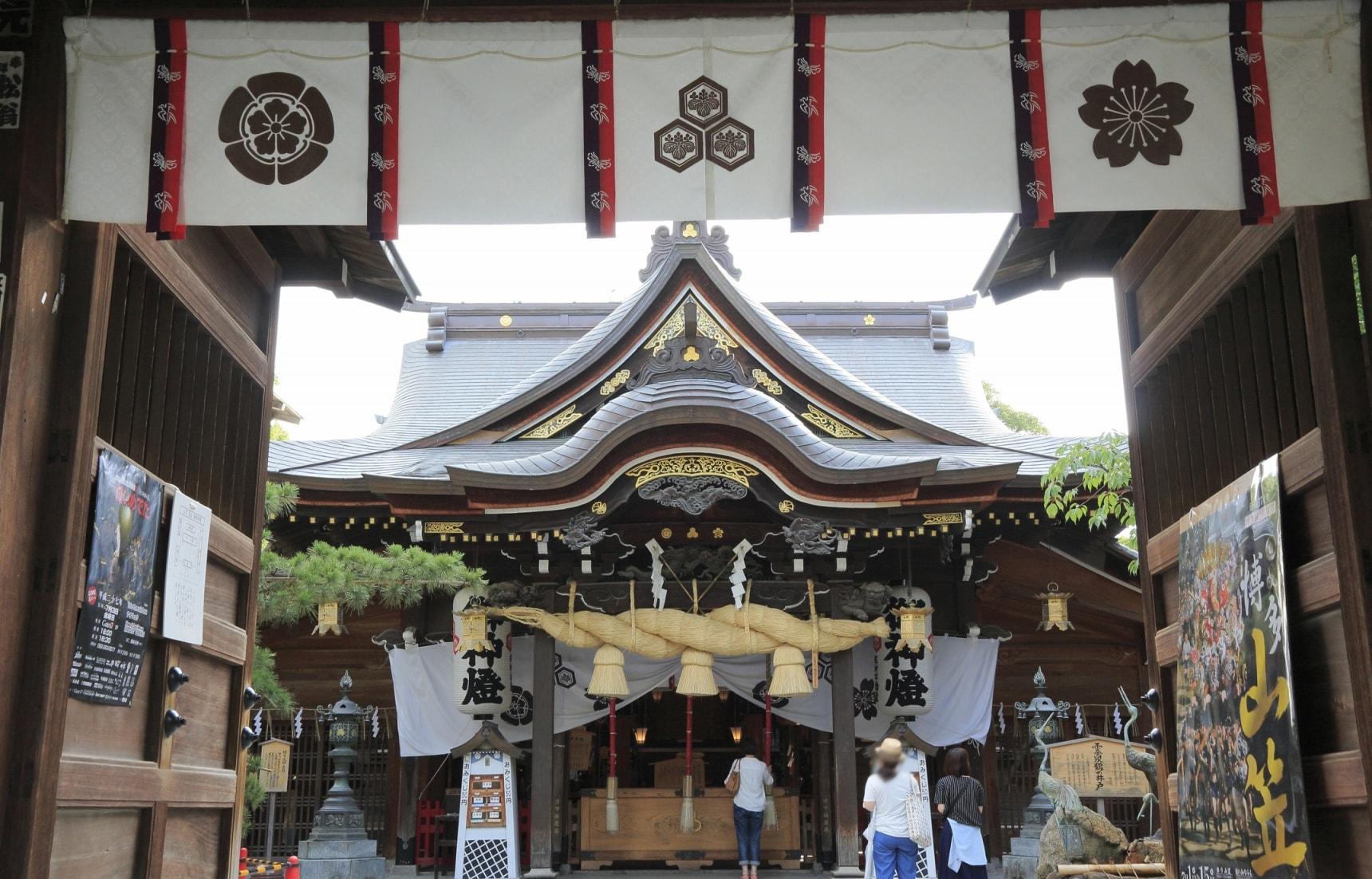神社和佛教寺院的数量仅次于京都、奈良的博多是一个历史遗产的宝库