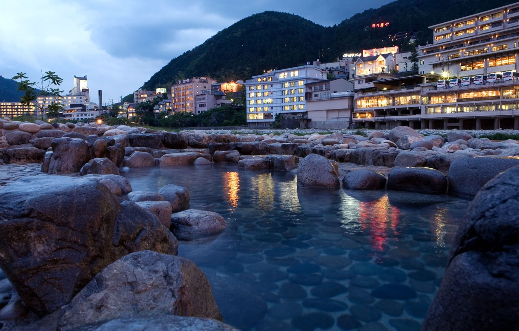Top 5 Onsen in Gifu | All About Japan