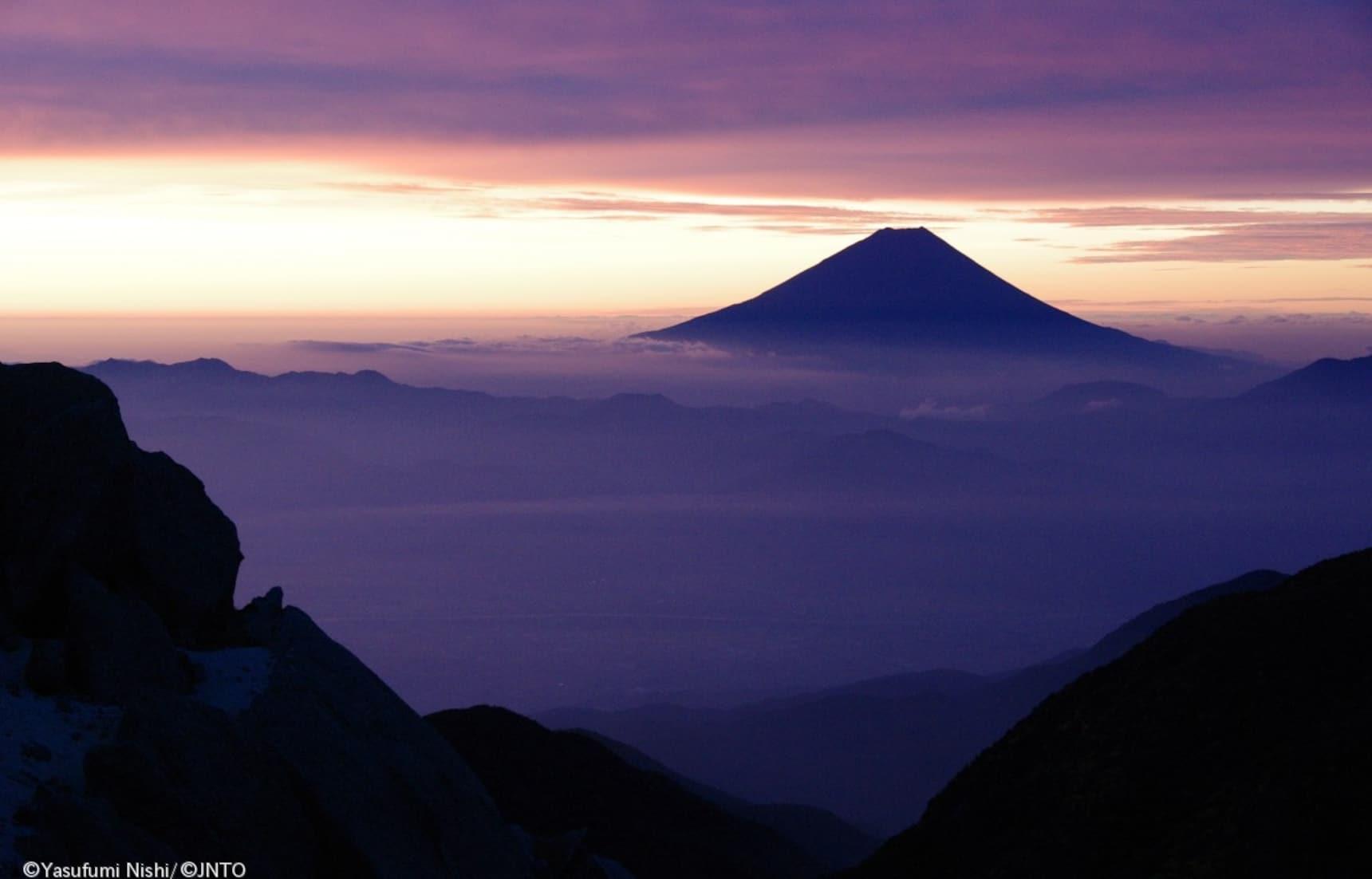 4 ออนเซ็นที่มีวิวงามๆ ของภูเขาฟูจิให้ชม