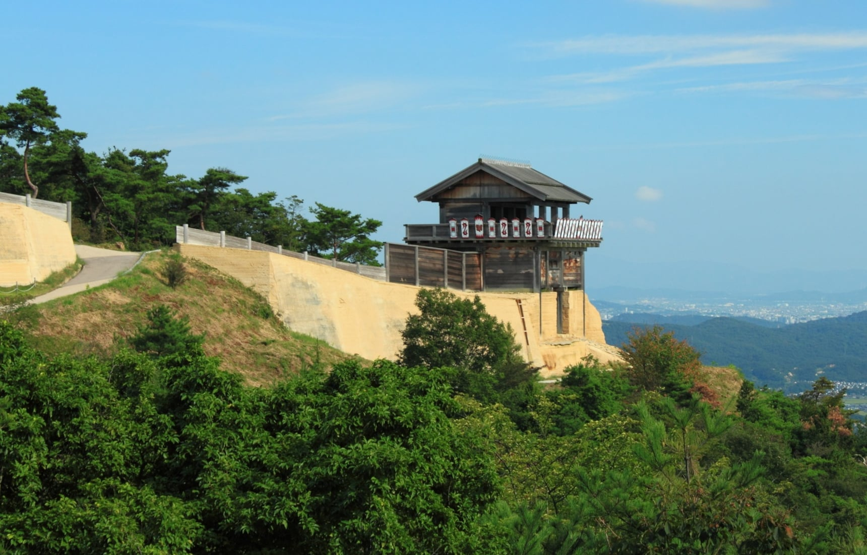 Japan's 12 Best Keepless Castles