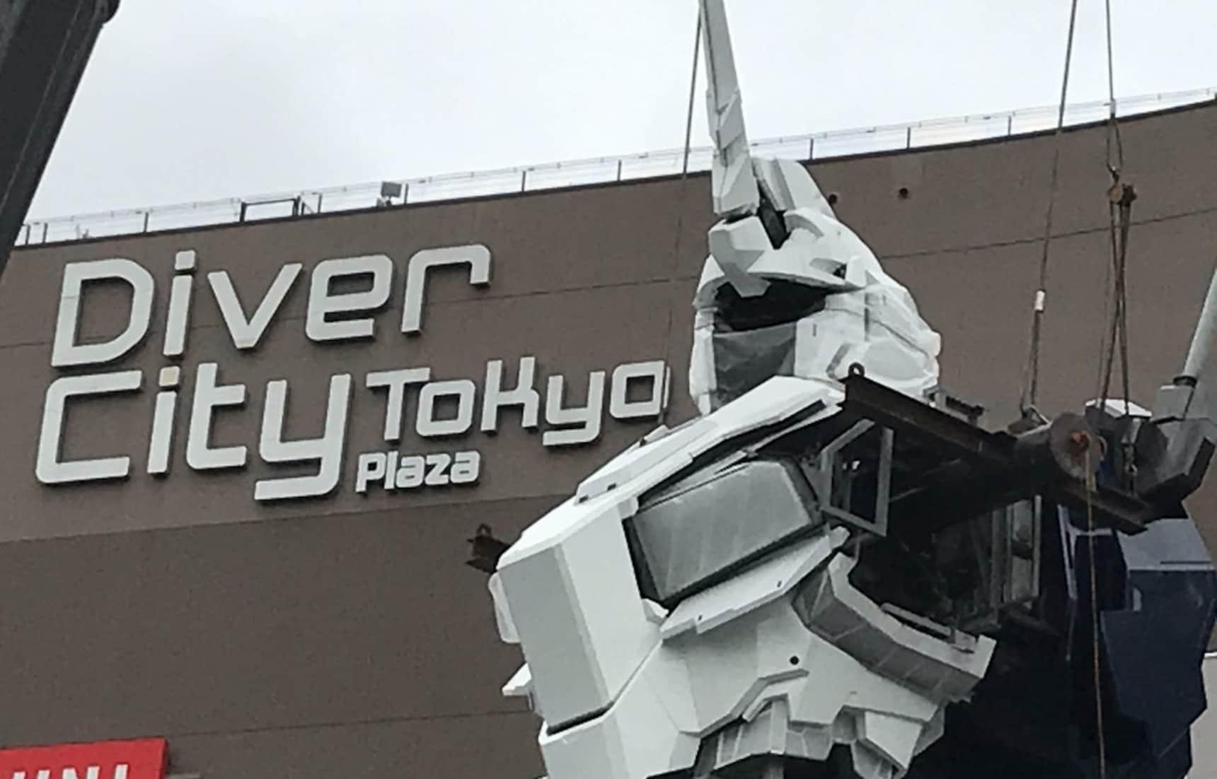 Head & Torso Mounted on Japan's Newest Gundam
