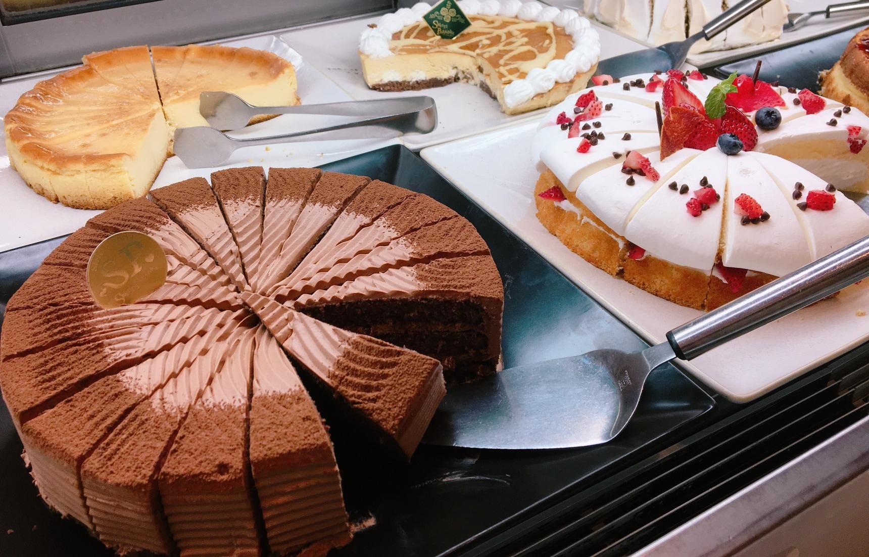 เอาใจคนรักขนมเต็มอิ่มไปกับร้าน Sweets Paradise