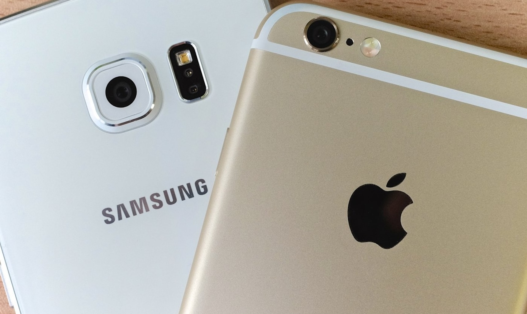 Which Is More Popular: Apple or Samsung?