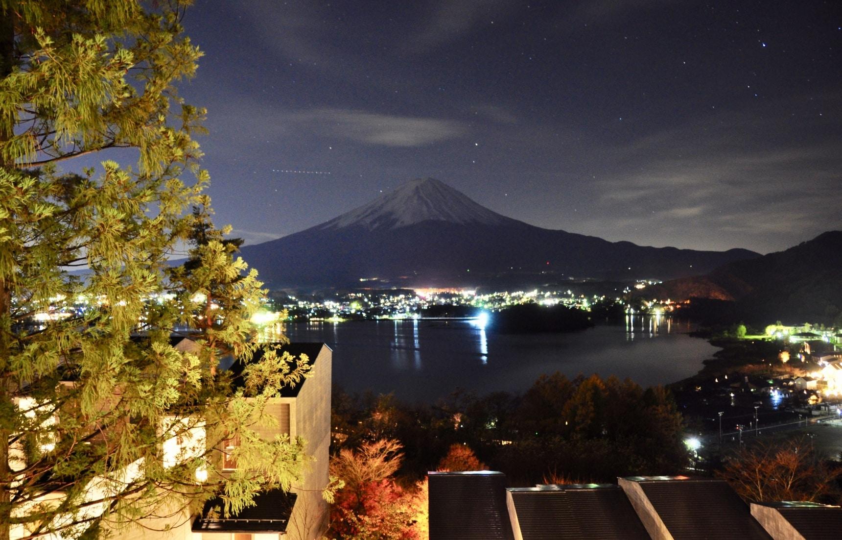 Hoshinoya Fuji: The Glamorous Outdoors