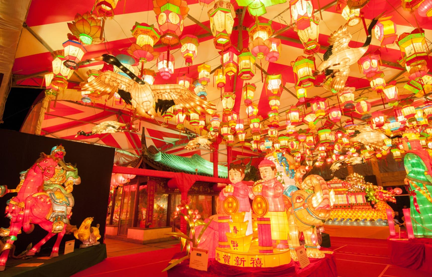 Nagasaki Lantern Festival เทศกาลโคมสุดอลังการ