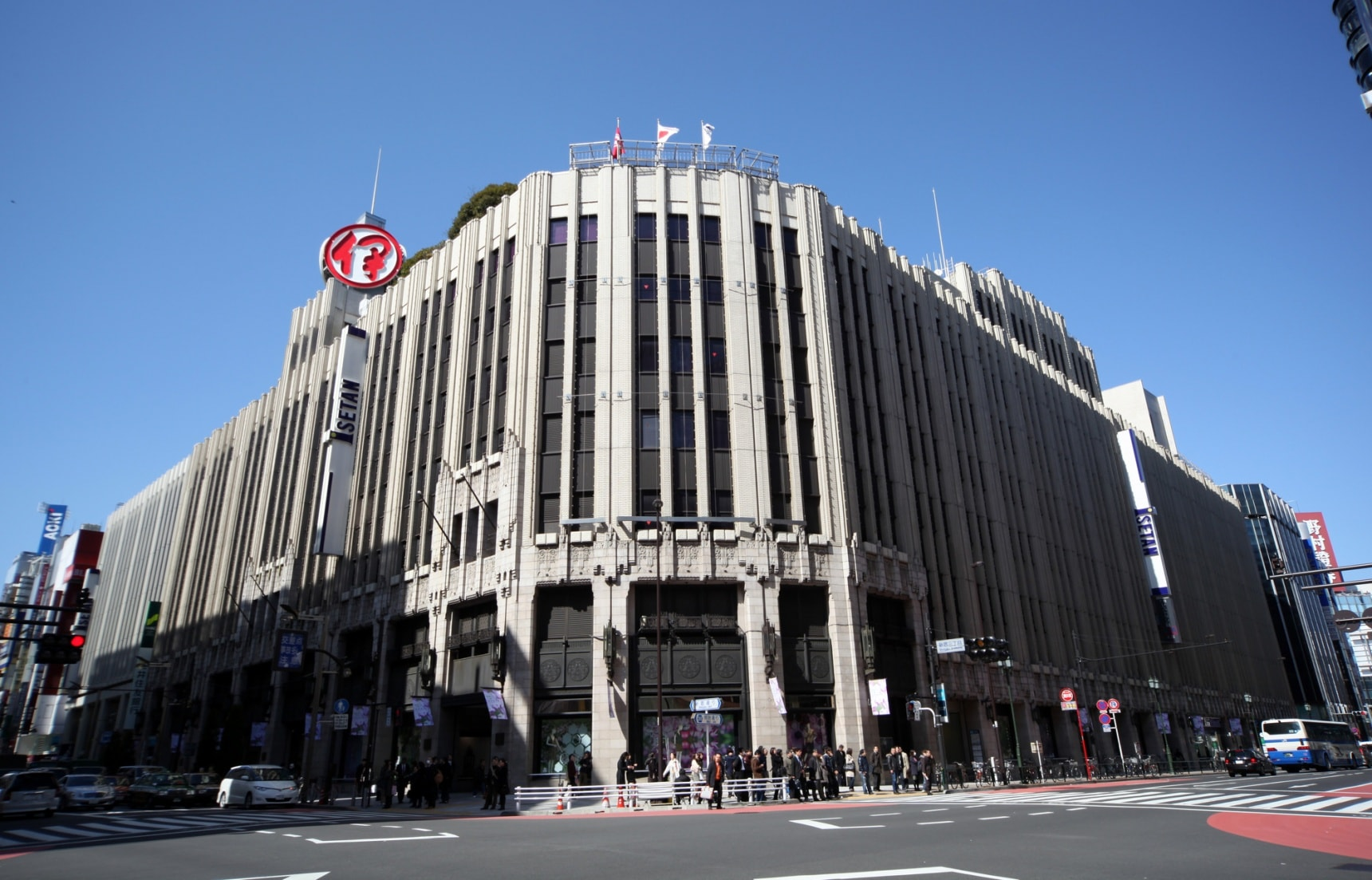 5 Must-Visit Department Stores in Japan