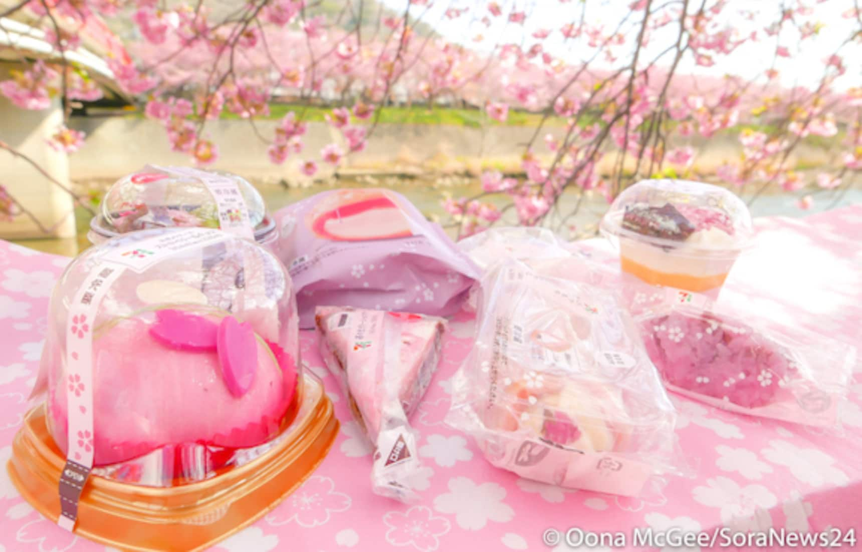 Our 8 Favorite Sakura Sweets from 7-Eleven