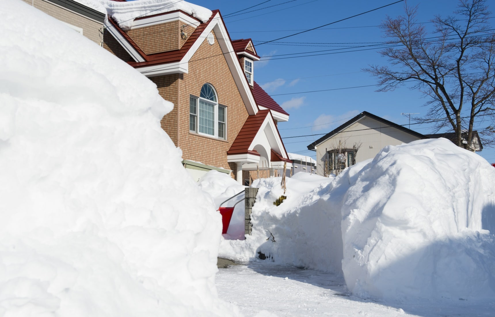 World's 3 Snowiest Cities All in Japan!