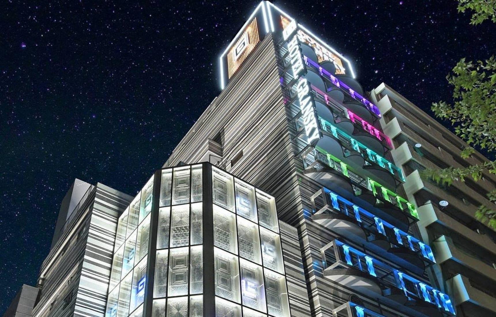 【東京住宿】不再一房難求!體驗入住媲美五星級愛情旅館