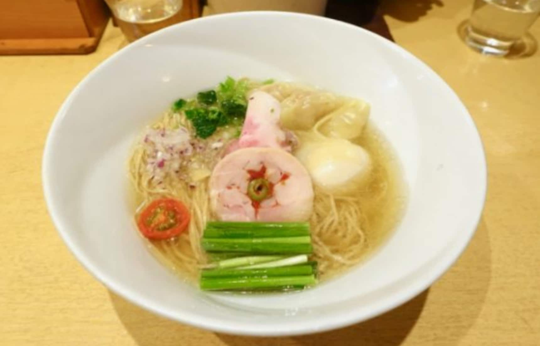 Michelin-Ranked Soba Spot Sparkles in Tokyo