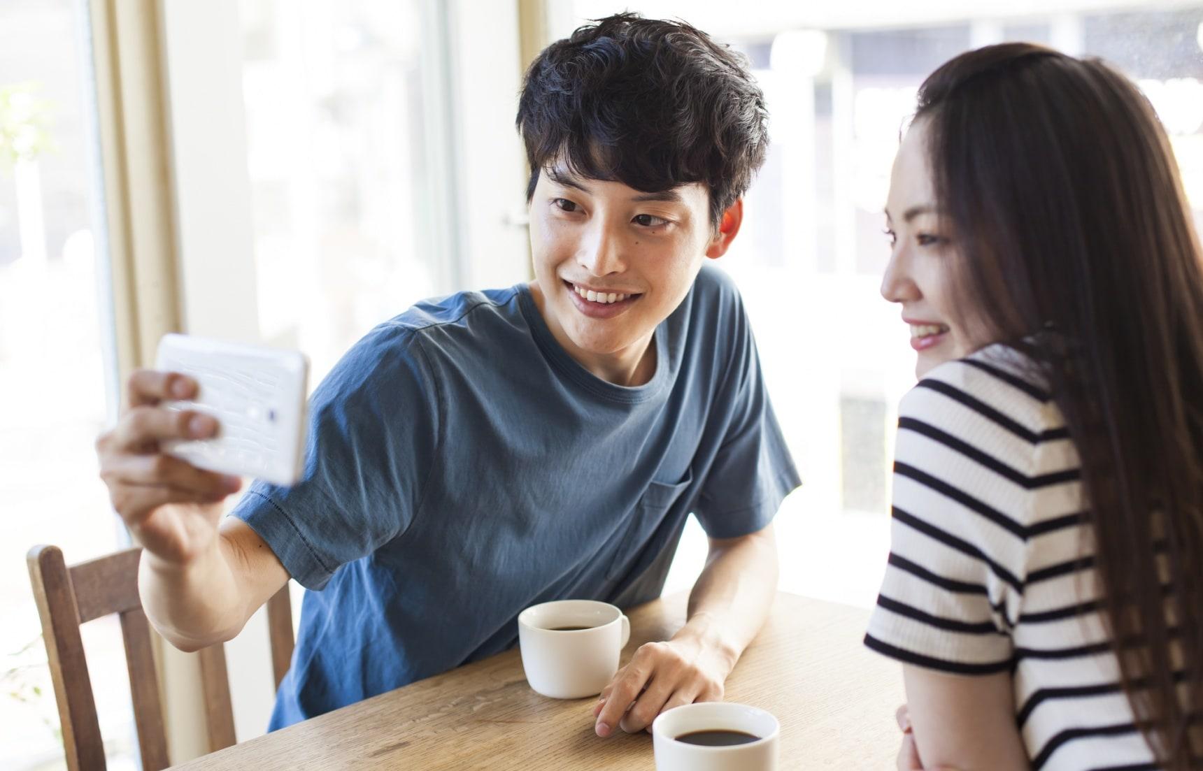 靠手機談情說愛?5款日本單身男女愛用的人氣交友軟體