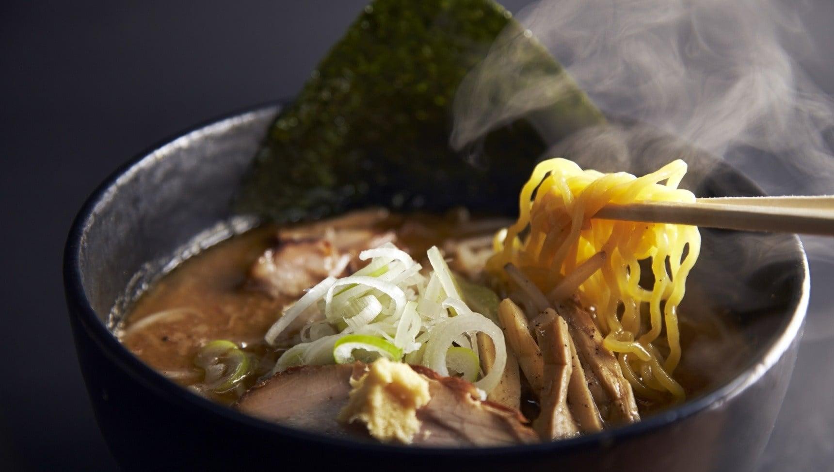 """독자적인 일본 음식문화인 """"라멘"""""""