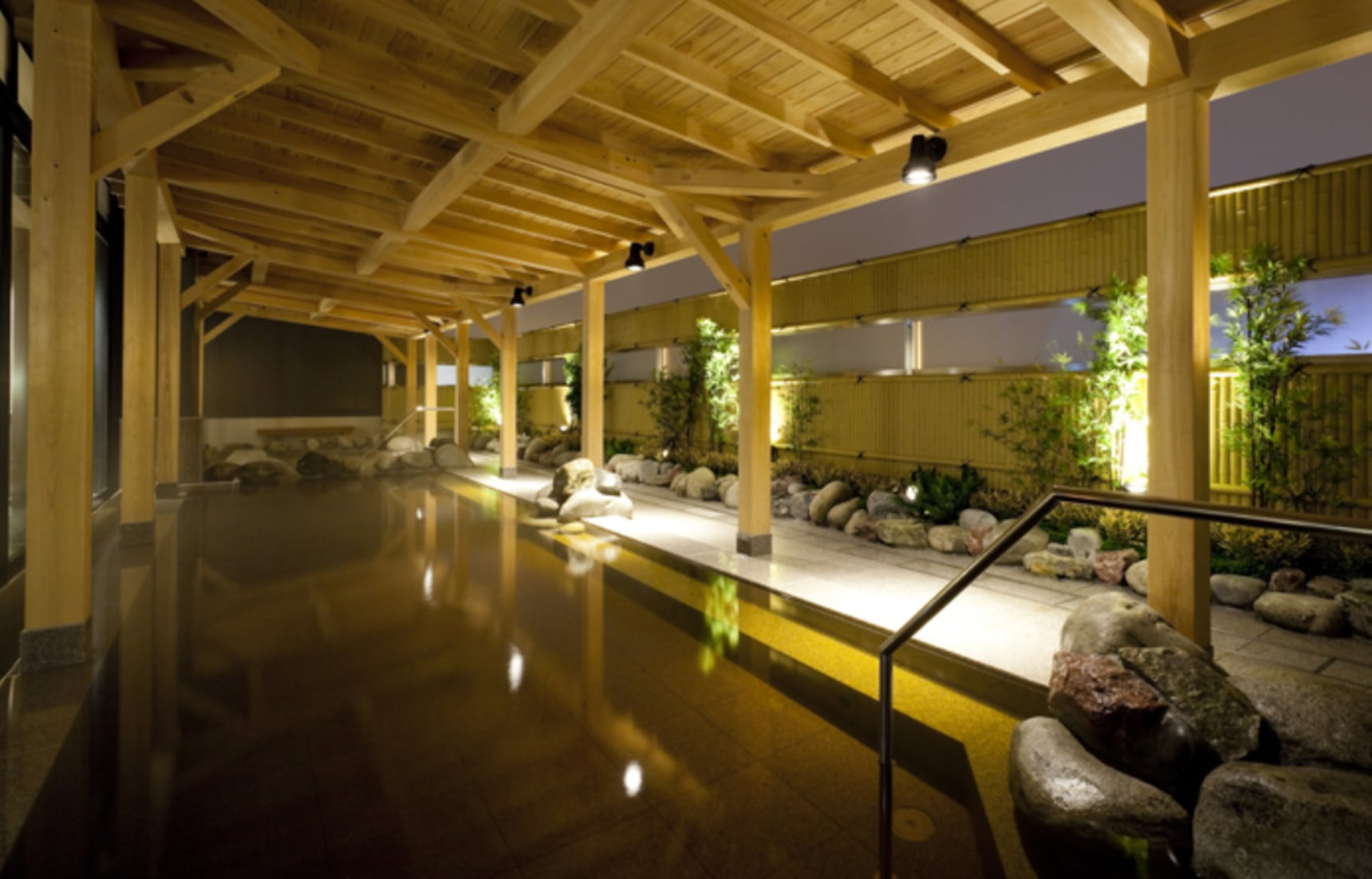 Bathe in an Onsen Before Your Next Flight