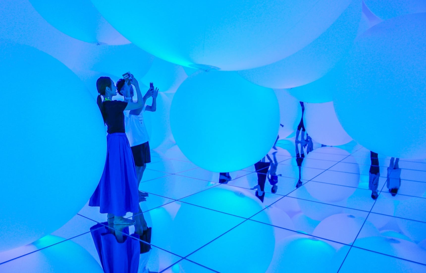 Journey to Another Planet with TeamLab