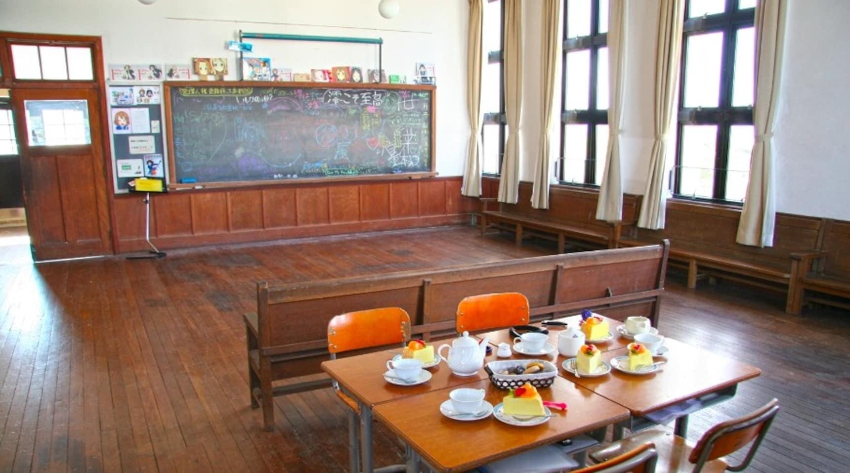พาไปเที่ยวโรงเรียนต้นแบบในอนิเมะ K-On!