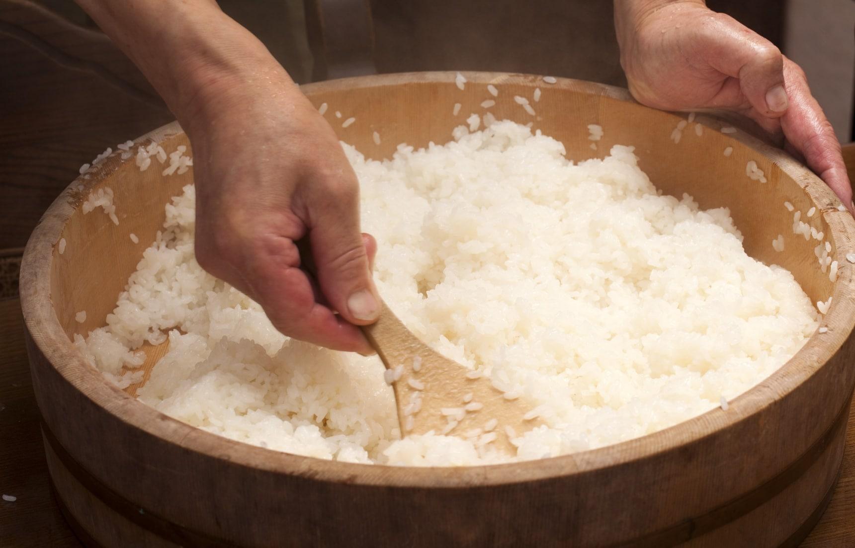 สูตรข้าวซูชิ พร้อมวิธีหุงข้าวญี่ปุ่น