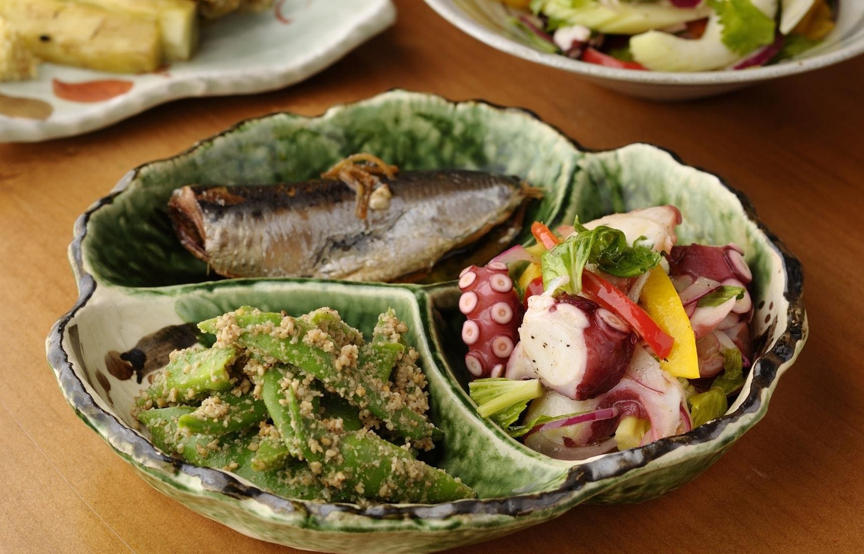 【京都美食】在地人吃的美味!京都傳統的家庭料理「Adachi」