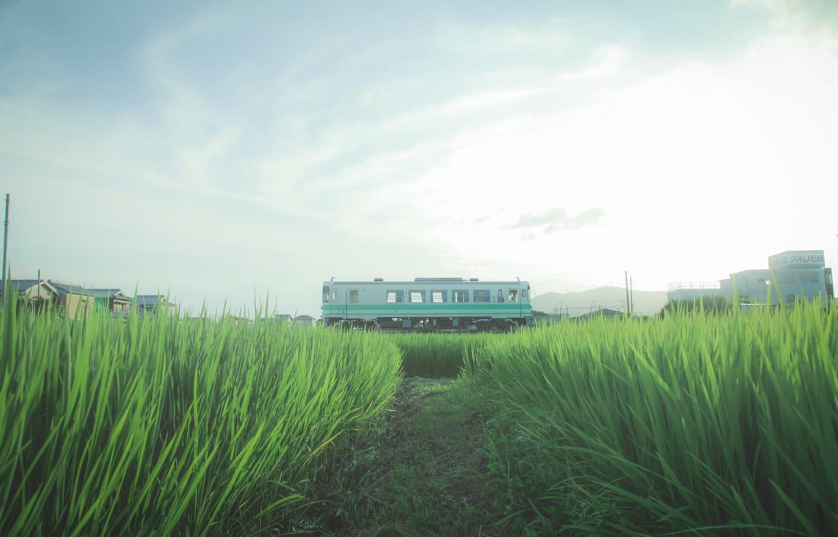 【日本觀光列車特輯・和歌山篇】穿越田園與市區!「紀州鐵道」短短8分鐘迷你火車之旅
