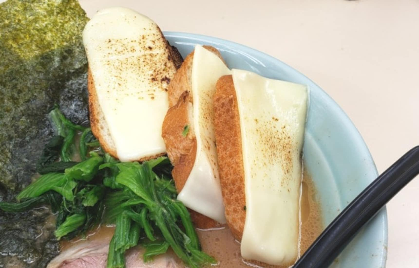 New Ramen Fad Has Fans Saying 'Cheese Please'