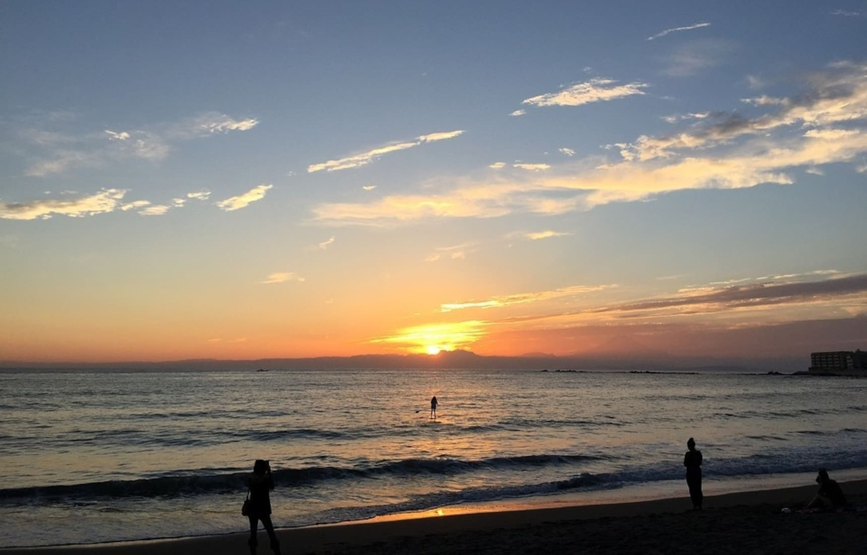 Enjoy a Day Trip to Hayama Isshiki Beach
