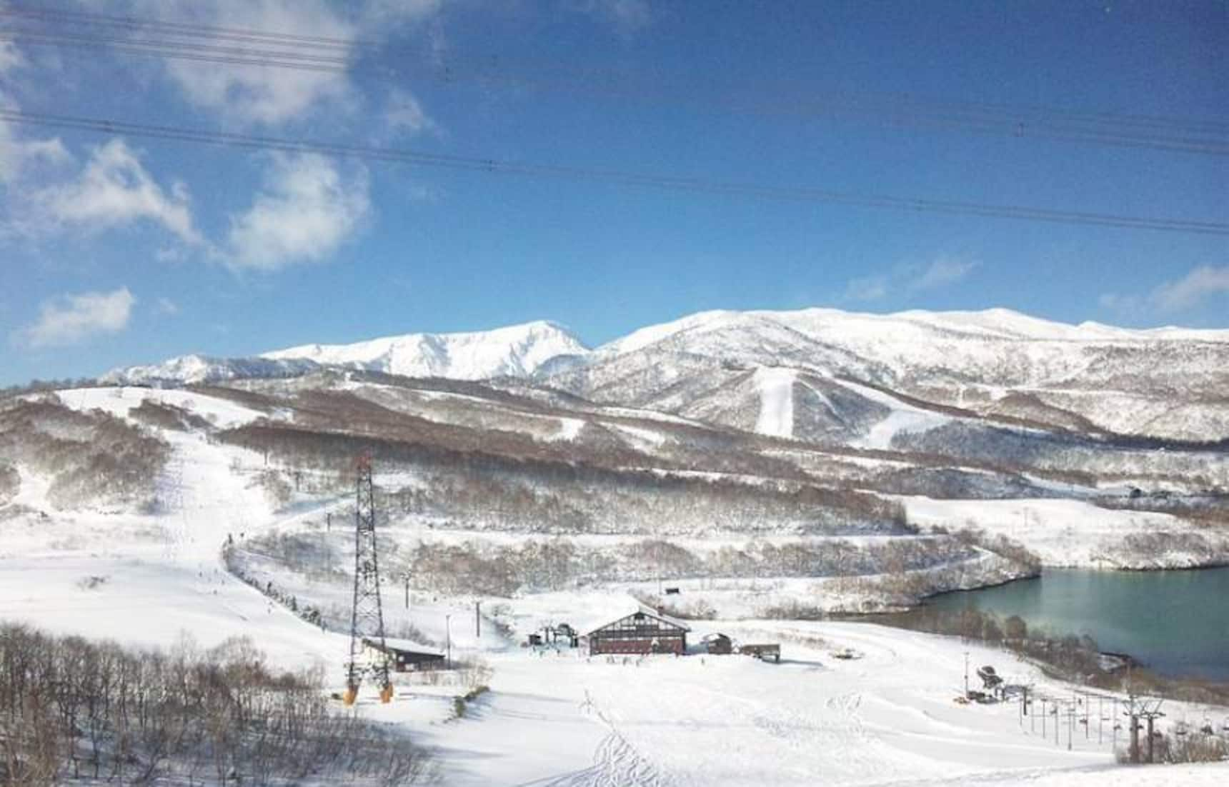 10 Best Ski Resorts In Japan For Beginners