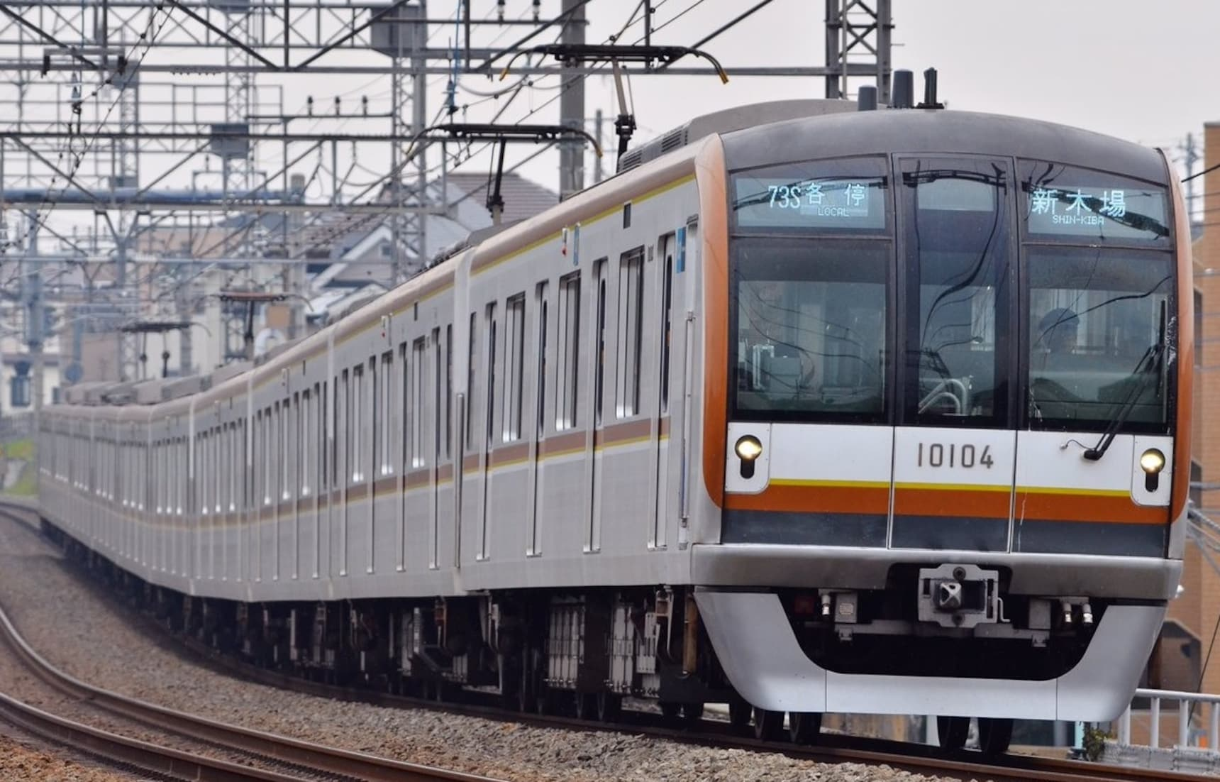 นำเที่ยวตามสถานีรถไฟสาย Tokyo Metro Yurakucho