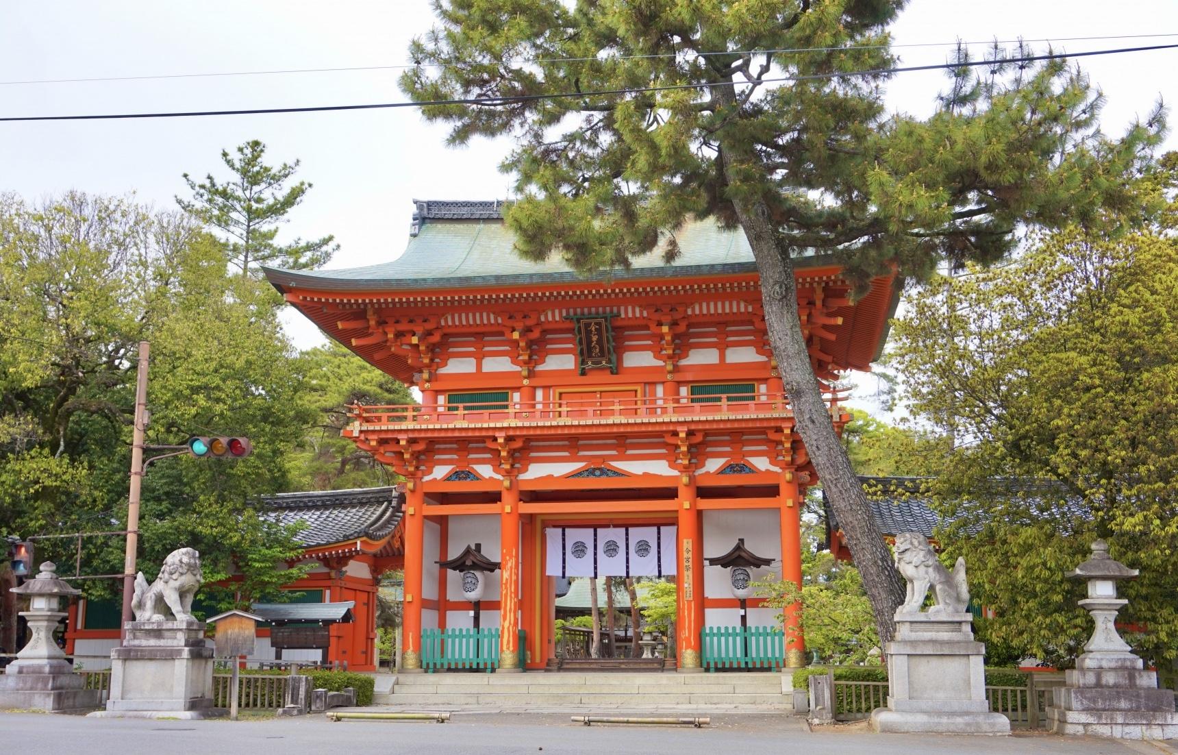 【京都】祈願嫁入豪門的神社「今宮神社」與流傳千年的美食「一文字屋和輔」烤糰子