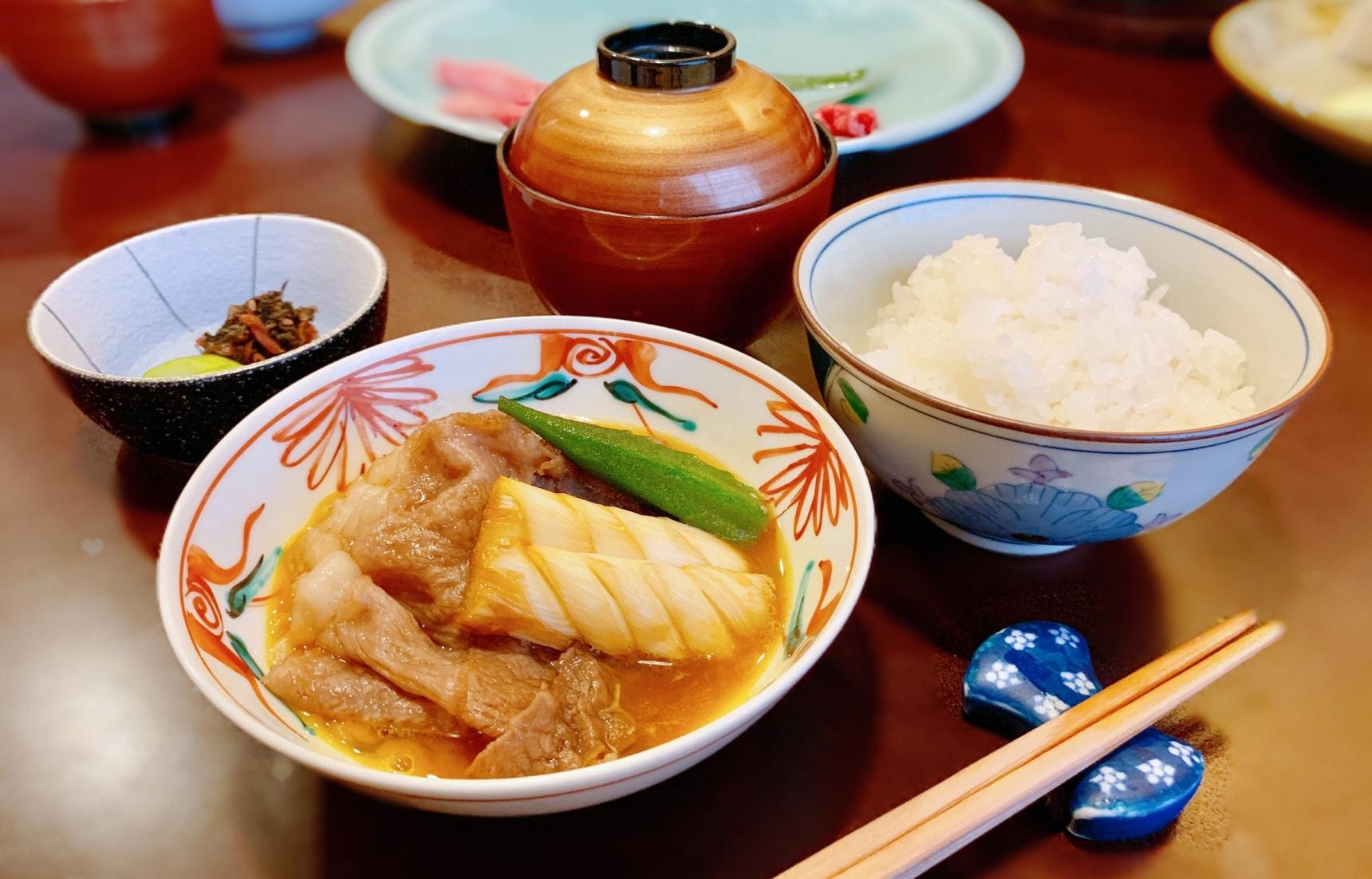 【東京美食】到昭和老店「人形町今半」品嚐最具風味的關東風壽喜燒