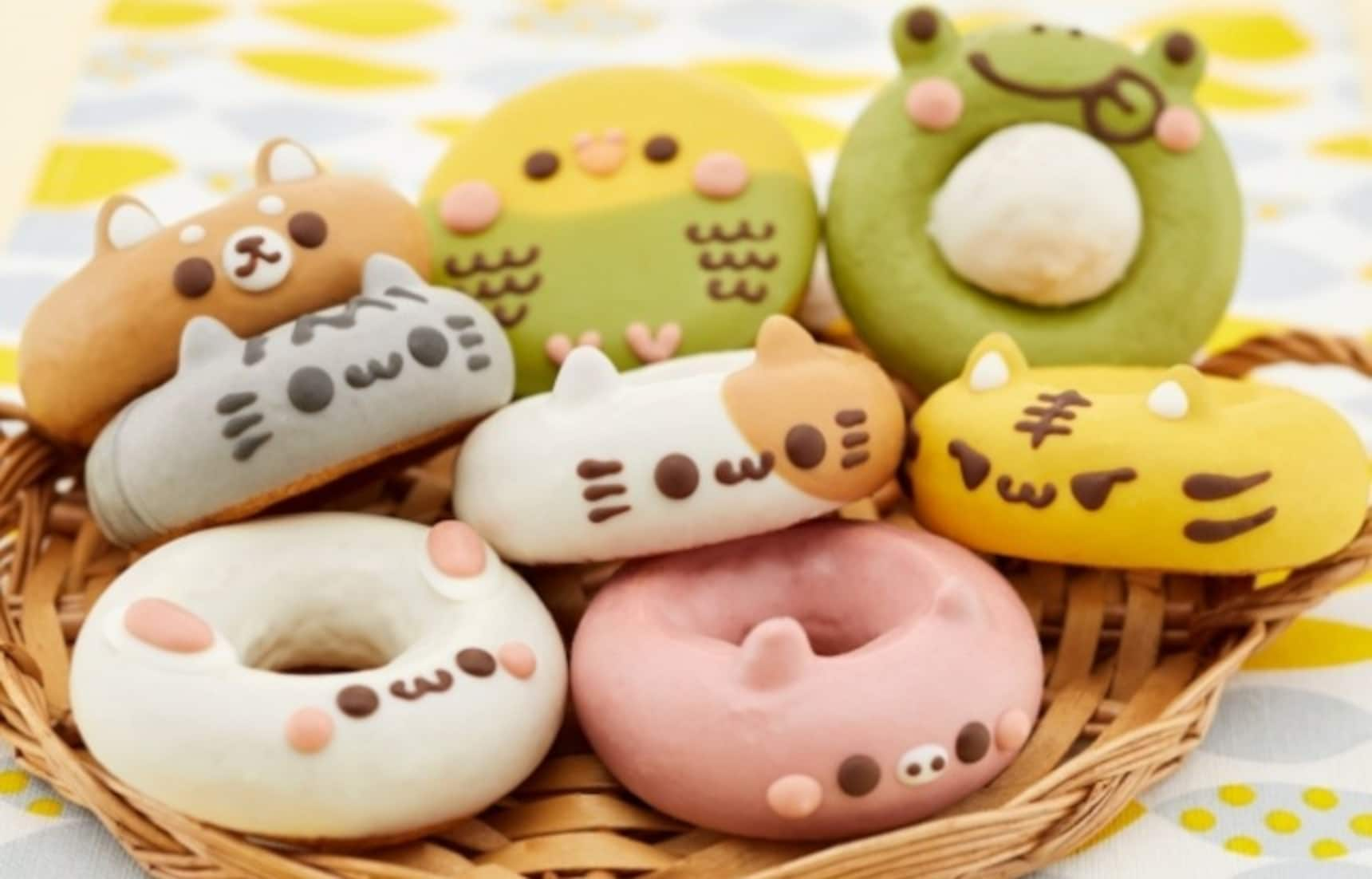 Cute Cat-Themed Do-It-Yourself Doughnut Kit!