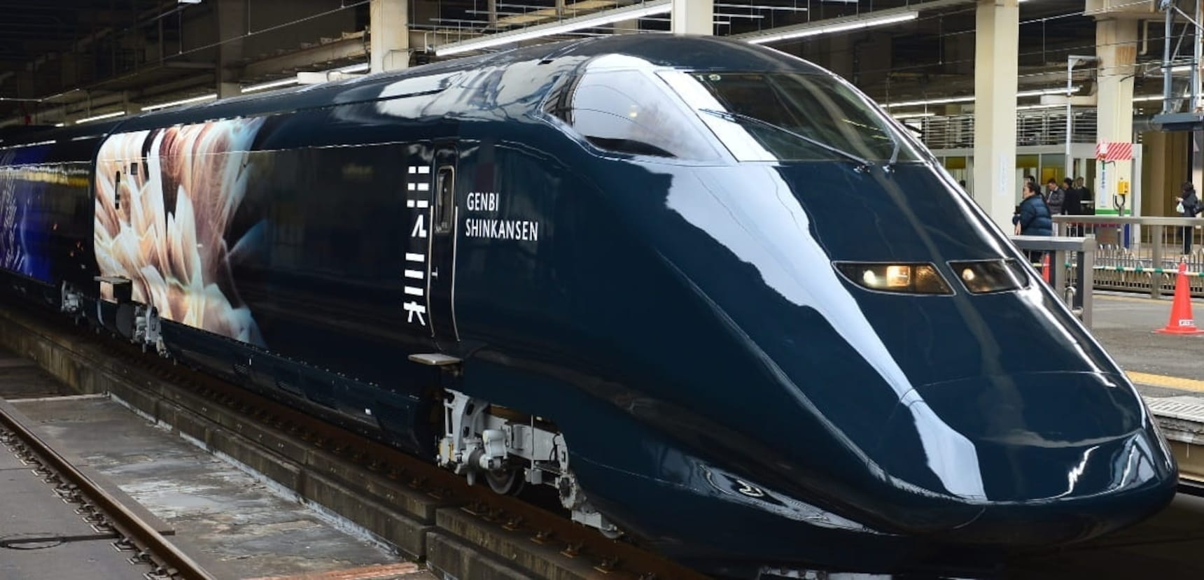 """日本新潟:一车一世界的视觉盛宴!移动的美术馆""""现美新干线""""上的文艺之旅"""