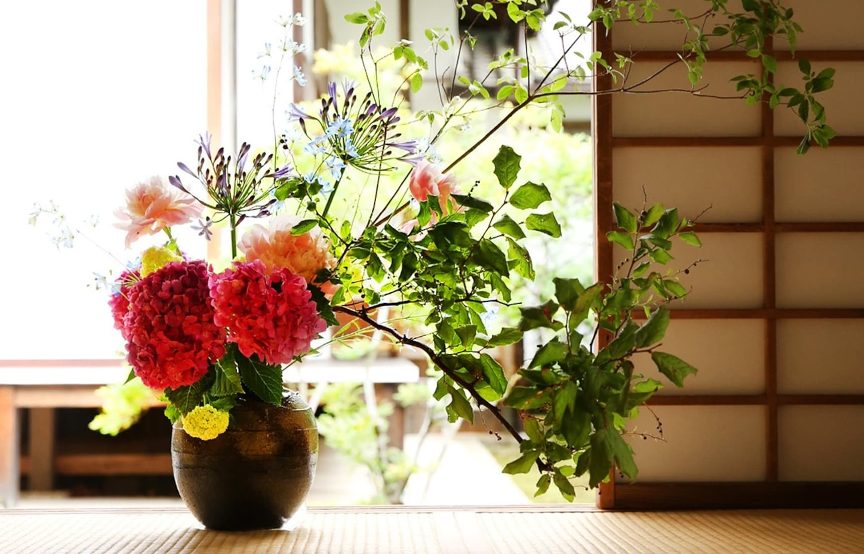 深受世界喜愛的日式傳統技藝:淺談日本花道的歷史與三大流派